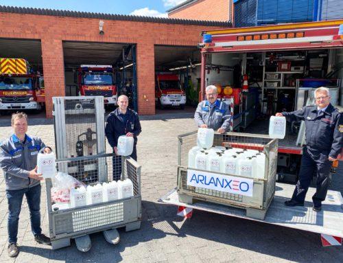 ARLANXEO spendete über 10.000 Liter Desinfektionsmittel an die Stadt Dormagen